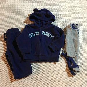OLD NAVY fleece sweatsuit 6-12 month